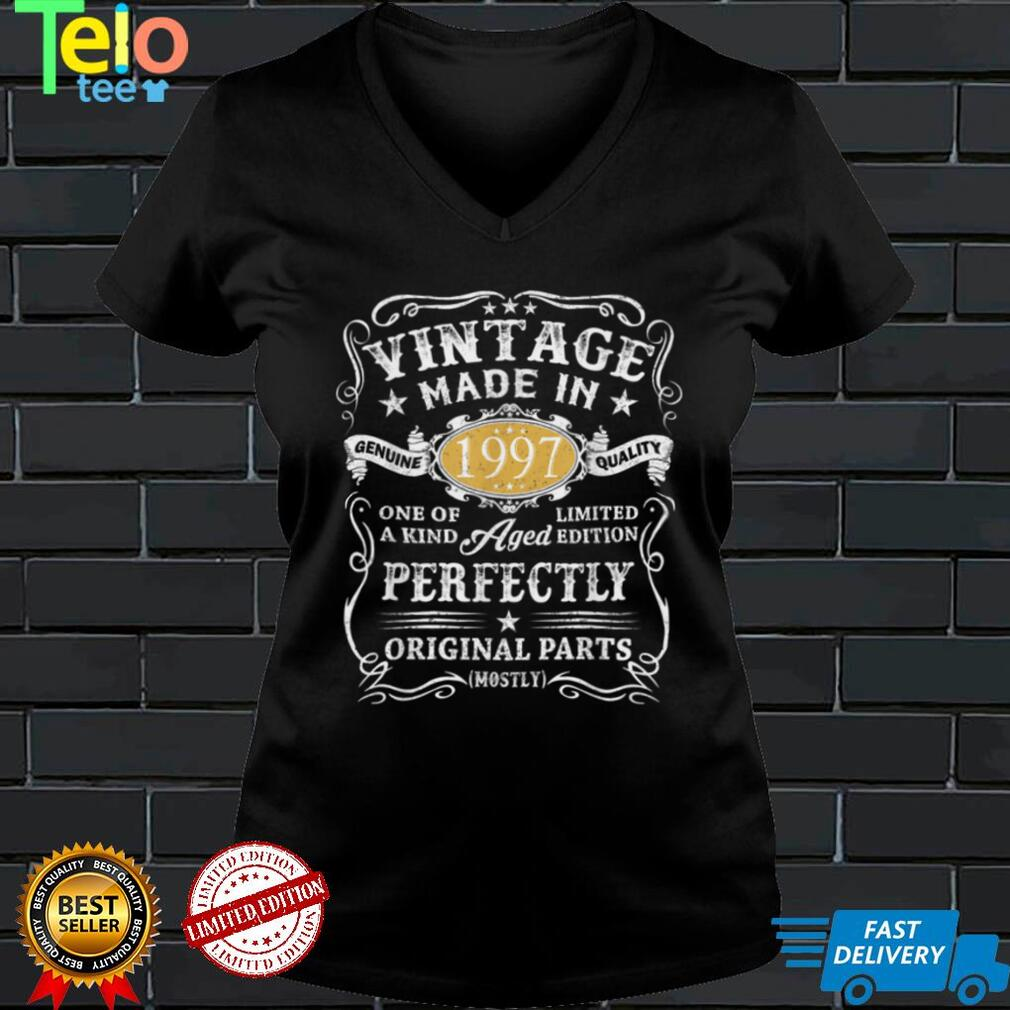 Vintage 1997 Made in 1997 25 Year Old Birthday 25th Birthday T Shirt